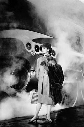 film-parigi-cenerentola-a-parigi-1957_290x435